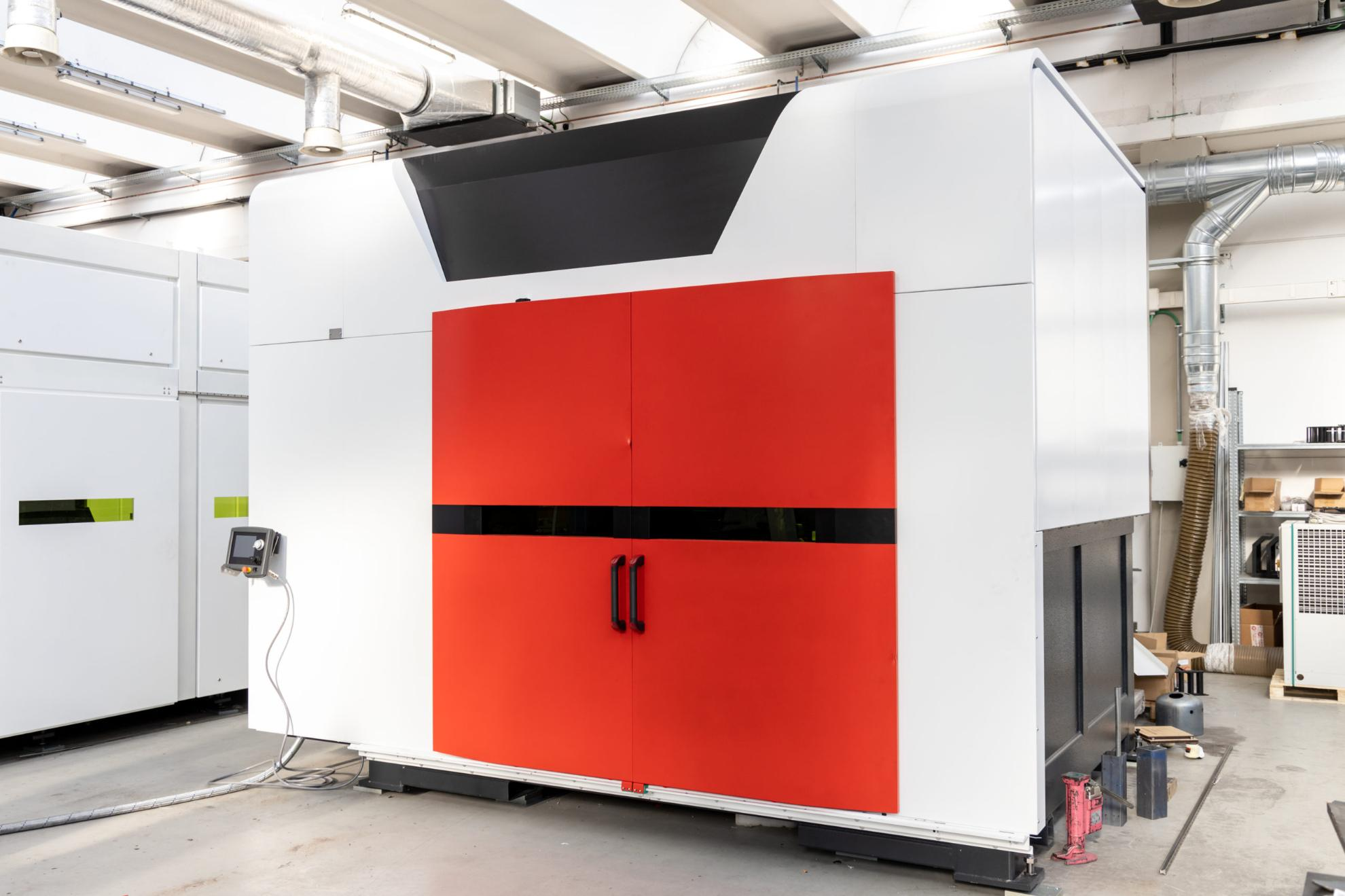 LASER PROCESSING CENTER. ALPHABET 3020 1500W Image